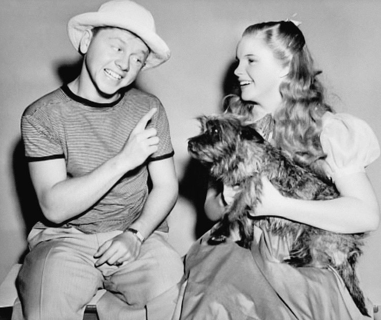 Mickey Rooney Visiting Judy Garland