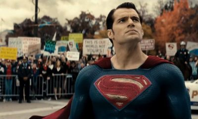 Henry Cavill Signs New Superman Deal