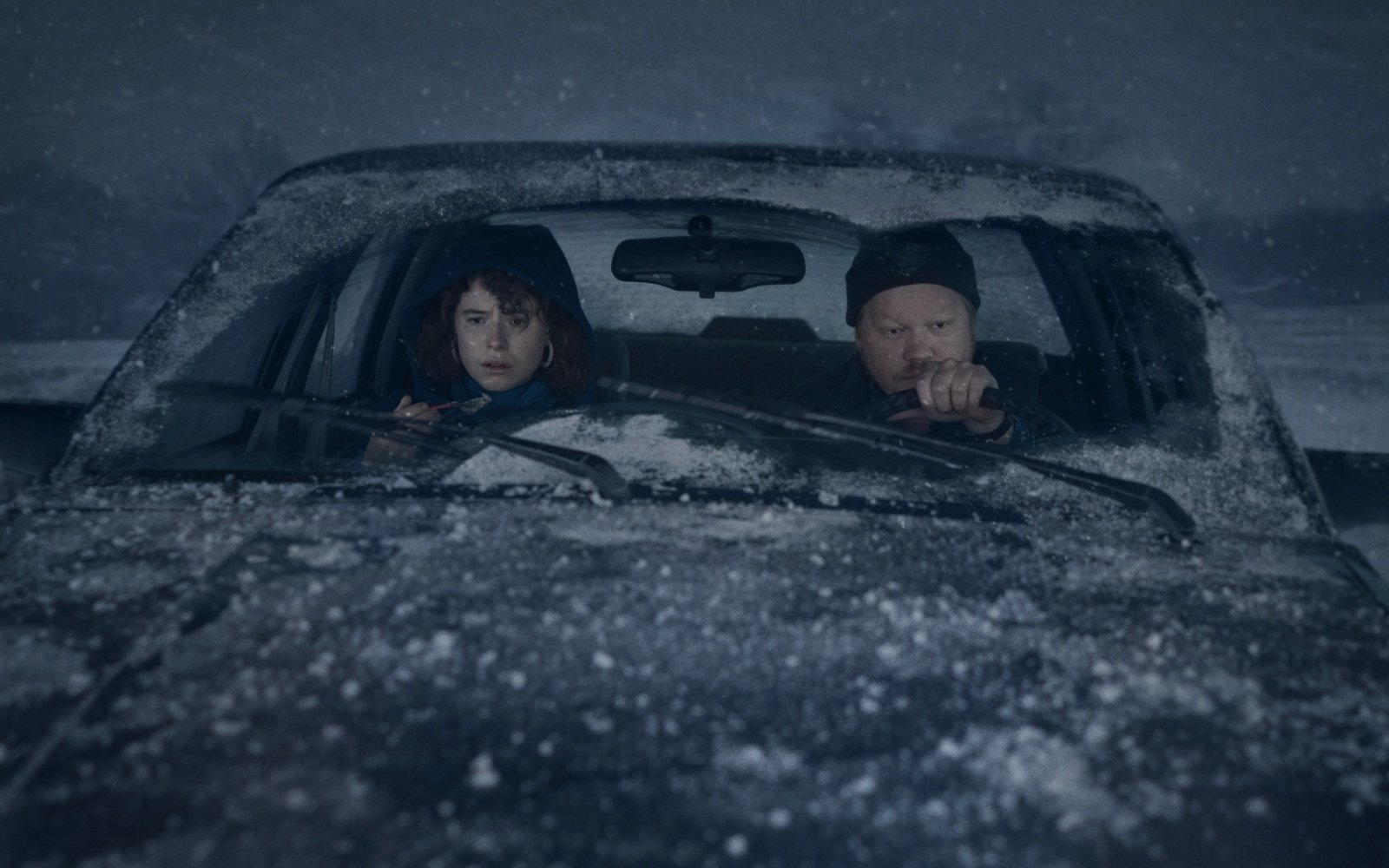 """Jessie Buckley and Jesse Plemons in """"I'm Thinking of Ending Things"""""""