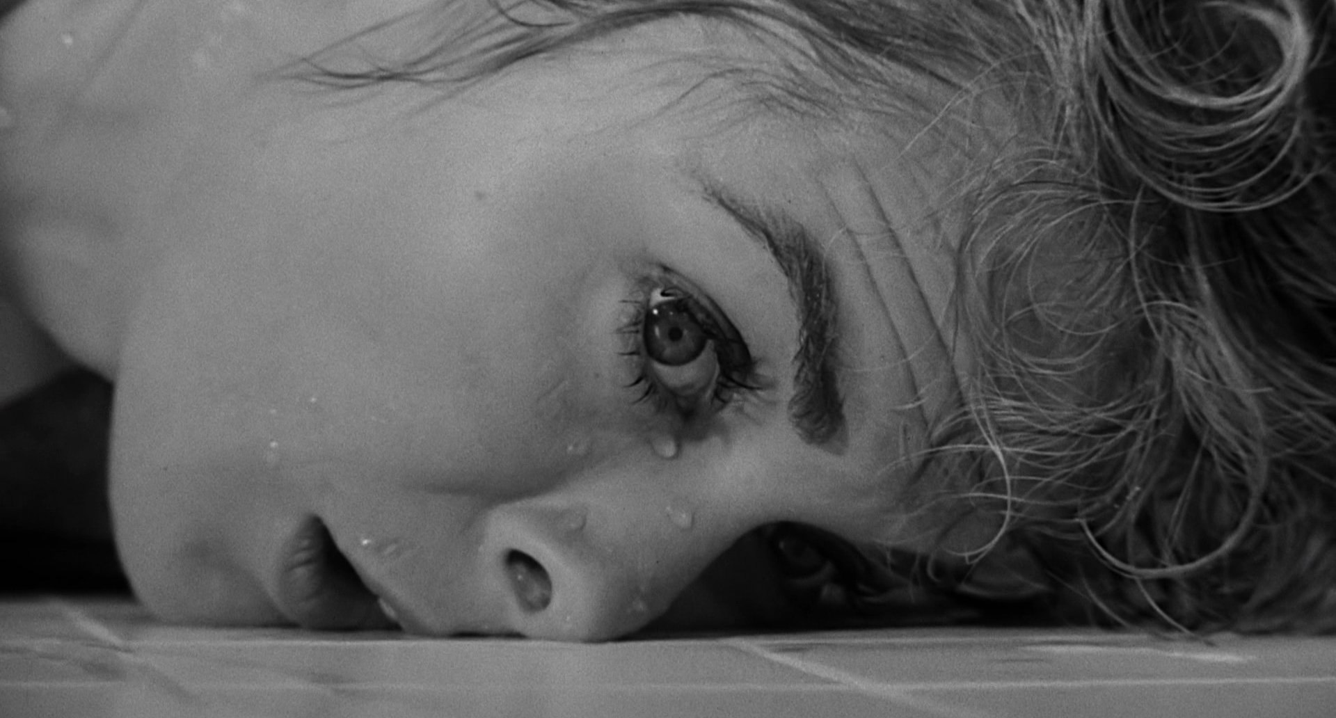 """Janet Leigh in Alfred Hitchcock's """"Psycho"""""""
