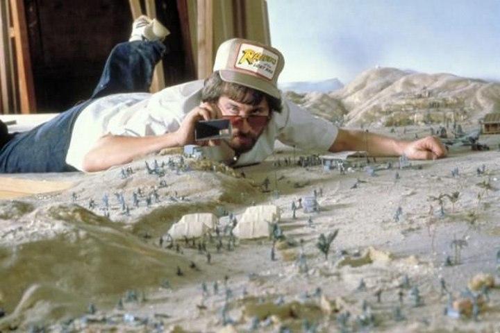 Steven Spielberg Raider of the Lost Ark Miniature Set
