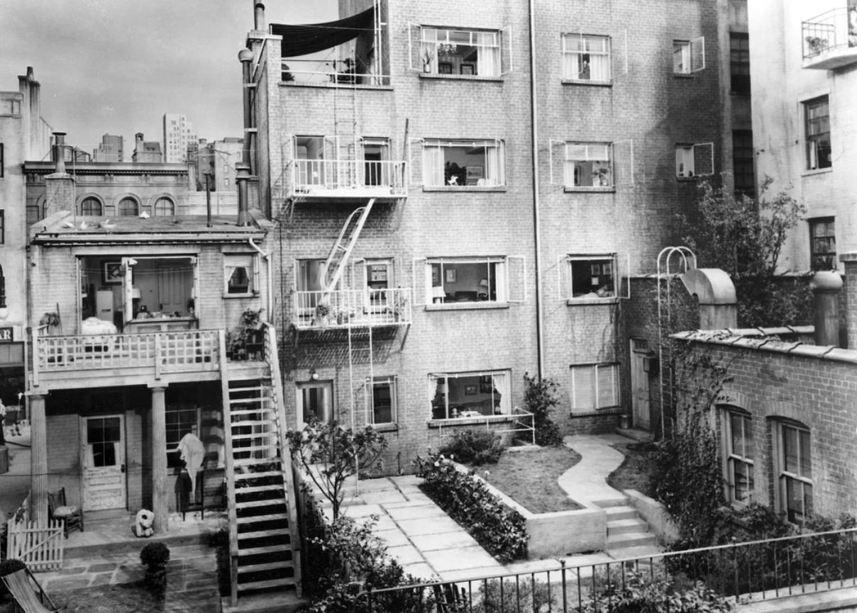 Alfred Hitchcock Rear Window Movie Set 1954