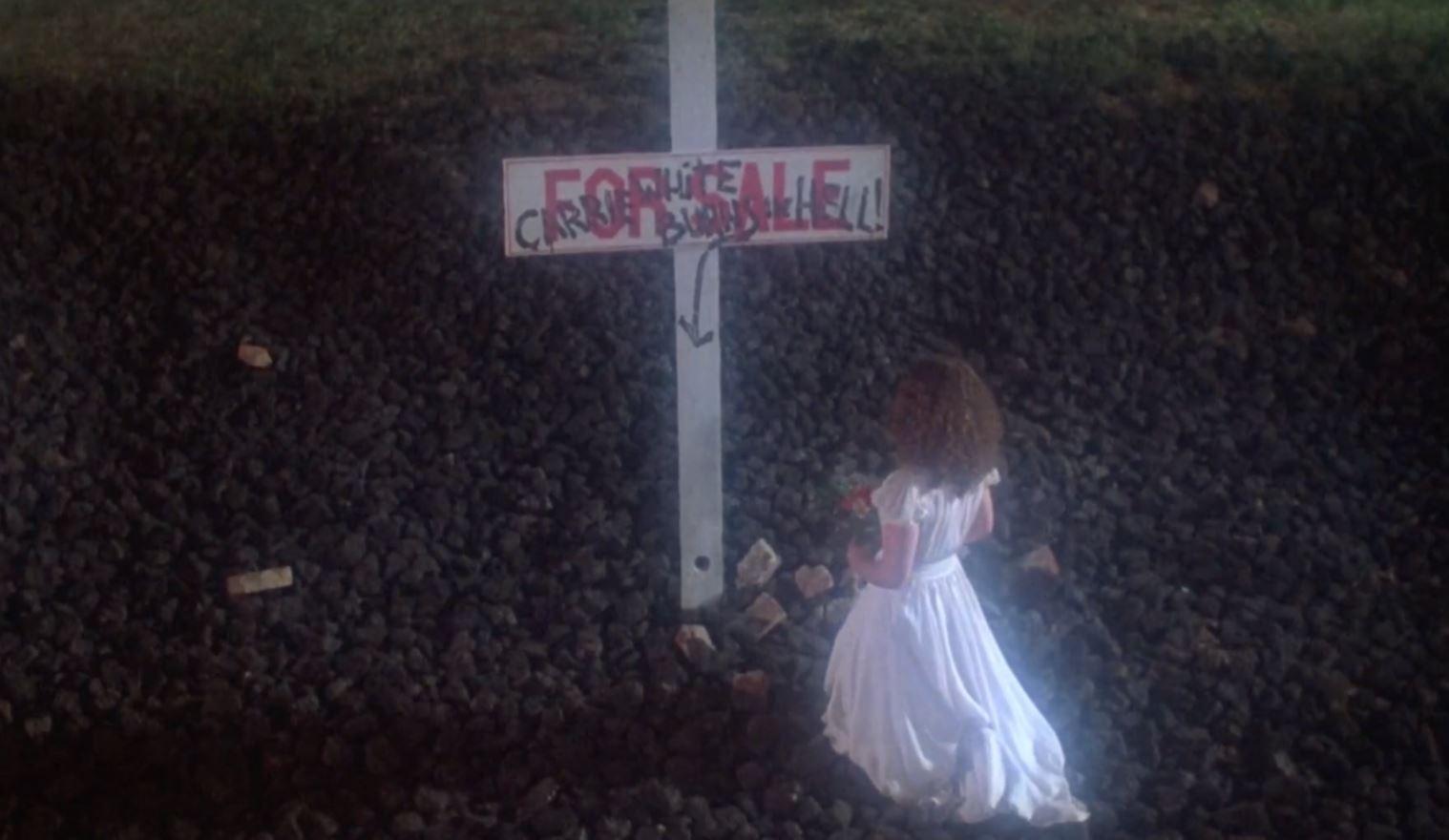 Carrie Grave Ending