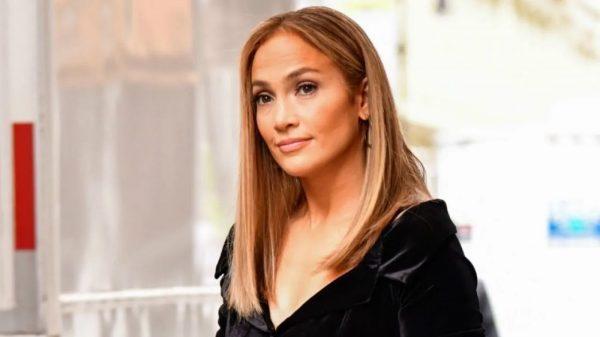 Jennifer Lopez Netflix Sci-fi Movie Atlas