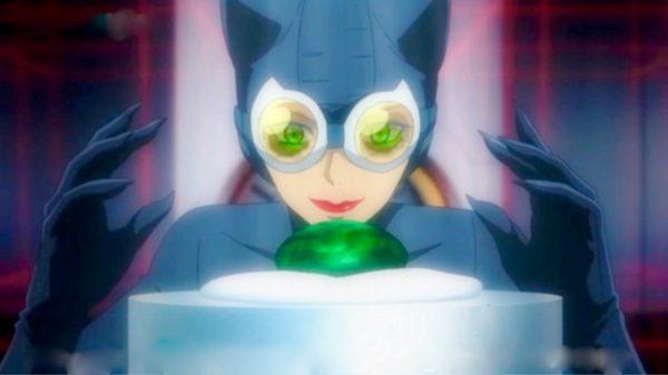 Catwoman Hunted Stars Elizabeth Gilles